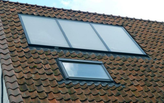 Stasegem - zonnepanelen inbouw  zonneboiler Bulex Helioset 375L