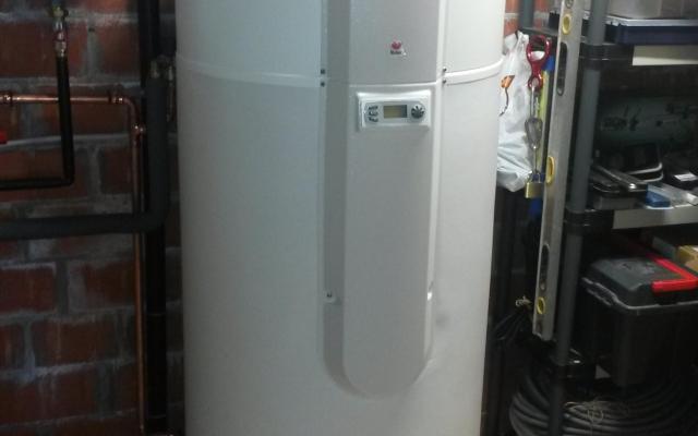 Blankenberge - warmtepompboiler Bulex Magna Aqua met 2 zonnecollectoren