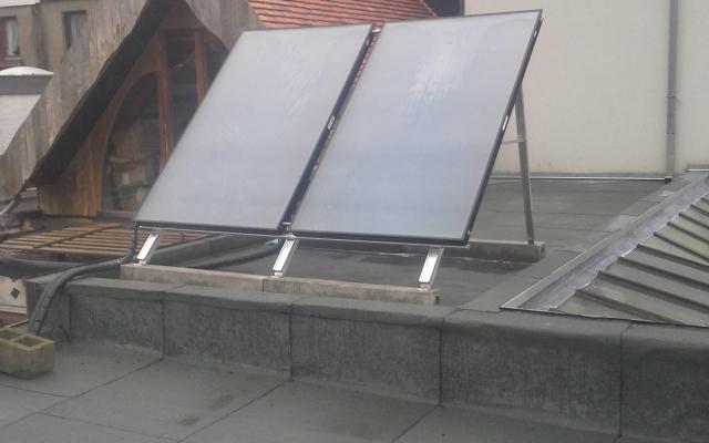 Mariakerke - zonnecollectoren in combinatie met warmtepompboiler Bulex Magna