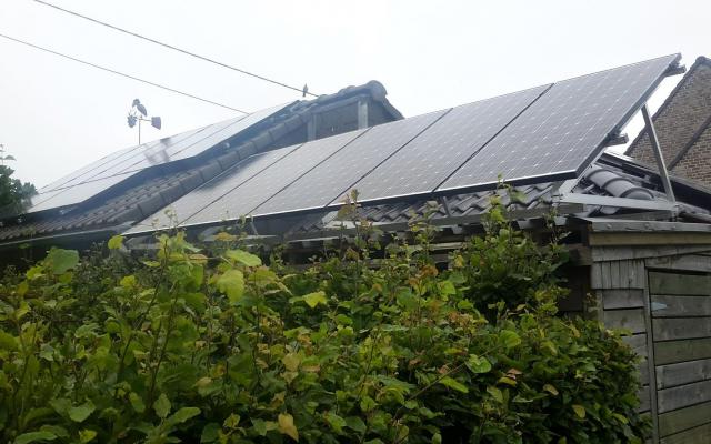 Hulste - 16 zonnepanelen 240Wp