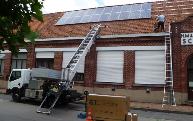 Nieuwenhove - 40 zonnepanelen op schoolgebouw 250Wp (2)